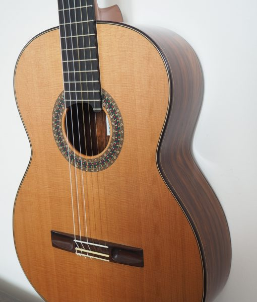 Simon Marty classical luthier guitar