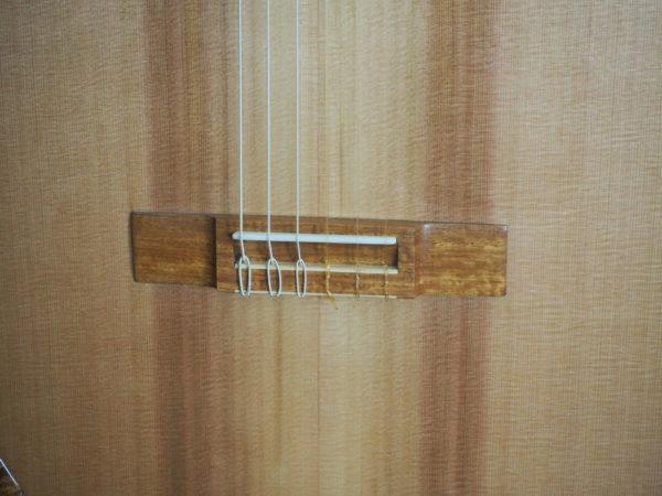 classical guitar of luthier  graham caldersmith www.concert-classical-guitar.com