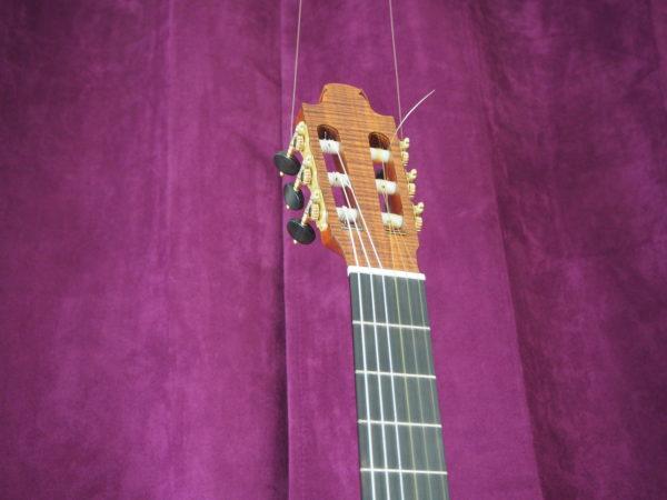 classical guitar of luthier  graham caldersmith disponible www.concert-classical-guitar.com