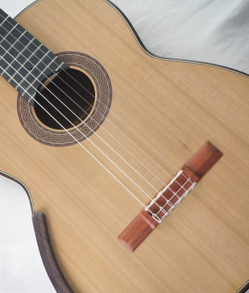 Robin Moyes luthier classical guitar 16MOY016-08