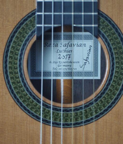 classical guitar du luthier Reza Safavian 17SAF001-01