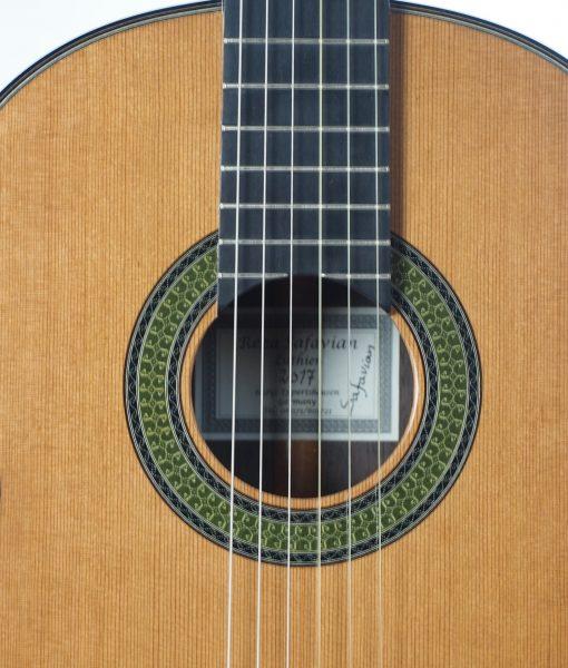 classical guitar luthier Reza Safavian 17SAF001-04