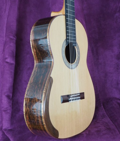 John Price classical lattice guitar 357 16PRI357-01