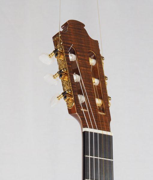 classical guitar luthier graham Caldersmith 17CAL108-09