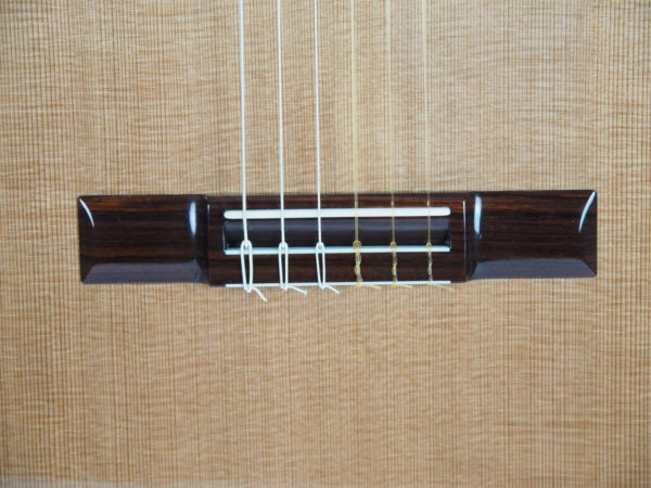 Luthier Kim Lissarrague concert lattice classical guitar