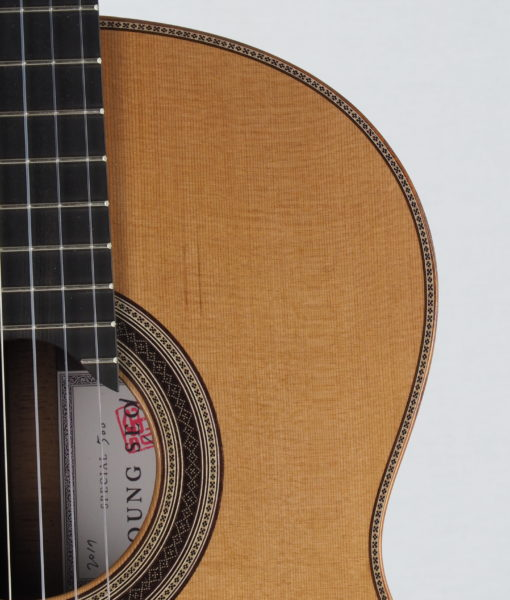 Young seo luthier classical guitar