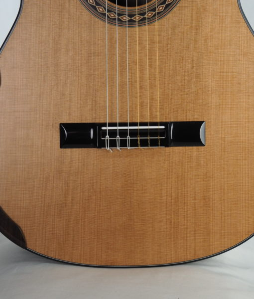 Kim Lissarrague luthier classical guitar
