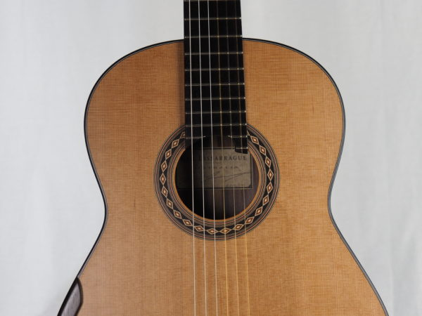 Kim Lissarrague luthier classical guitar