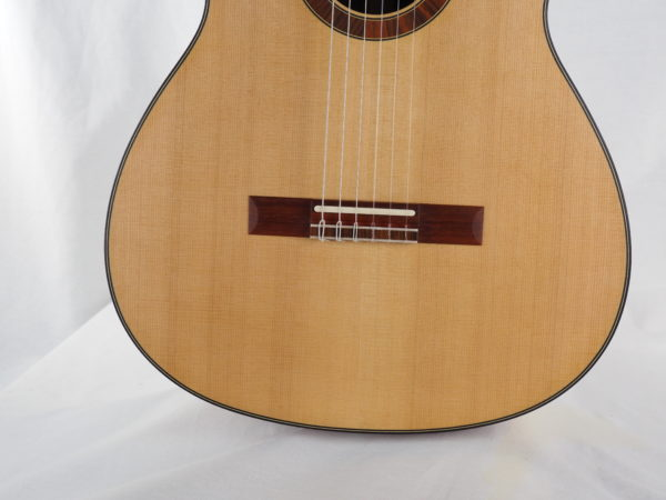 Luthier classical guitar Gypsy Rye Bear lattice 01